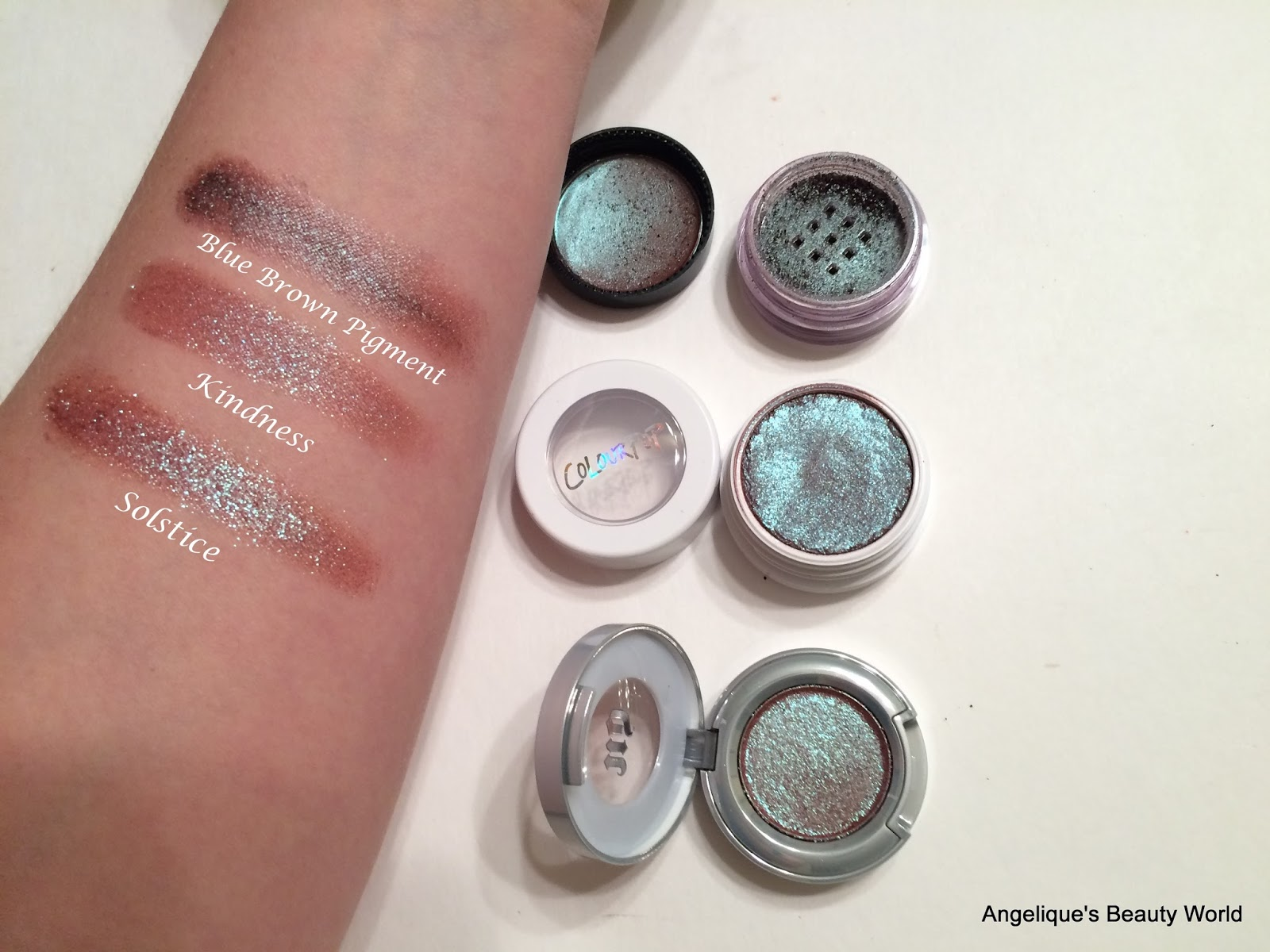 Get the best makeup deals and bargains. Check out what's on sale right now on the Coastal Scents Sale Page.